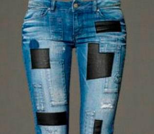аппликация из кожи на джинсах