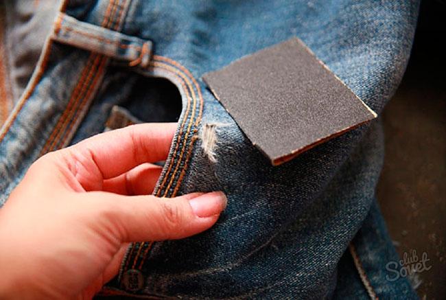 Как сделать потертое на джинсах 655