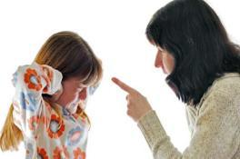 Що робити, якщо дочка пішла з дому